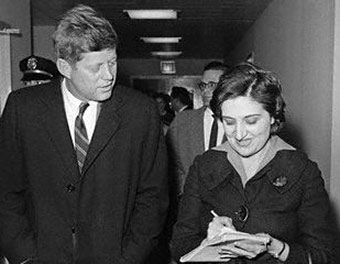 Helen Thomas: Her One Question to Obama thumbnail